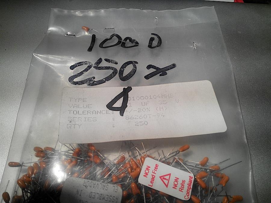 0.1MF35V TANTALIO GOCCIA X100 PEZZI 3385787705