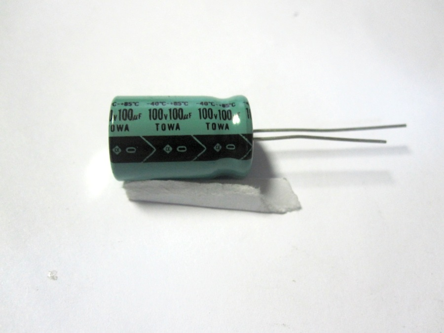 100MF100V-VERTICALE-X100-PEZZI-VERTICALI
