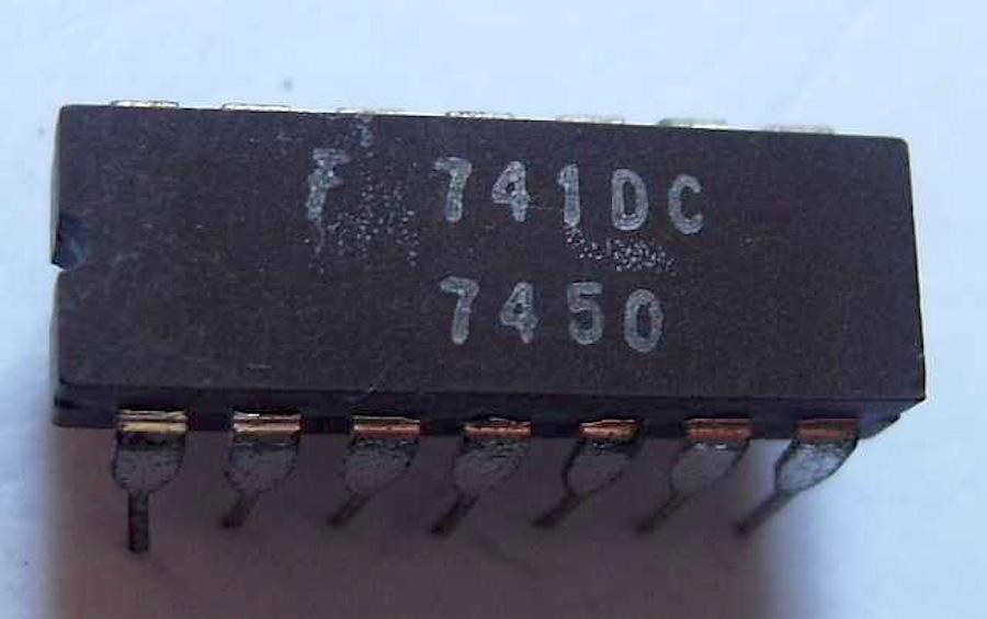 UA741P8-X100PEZZI
