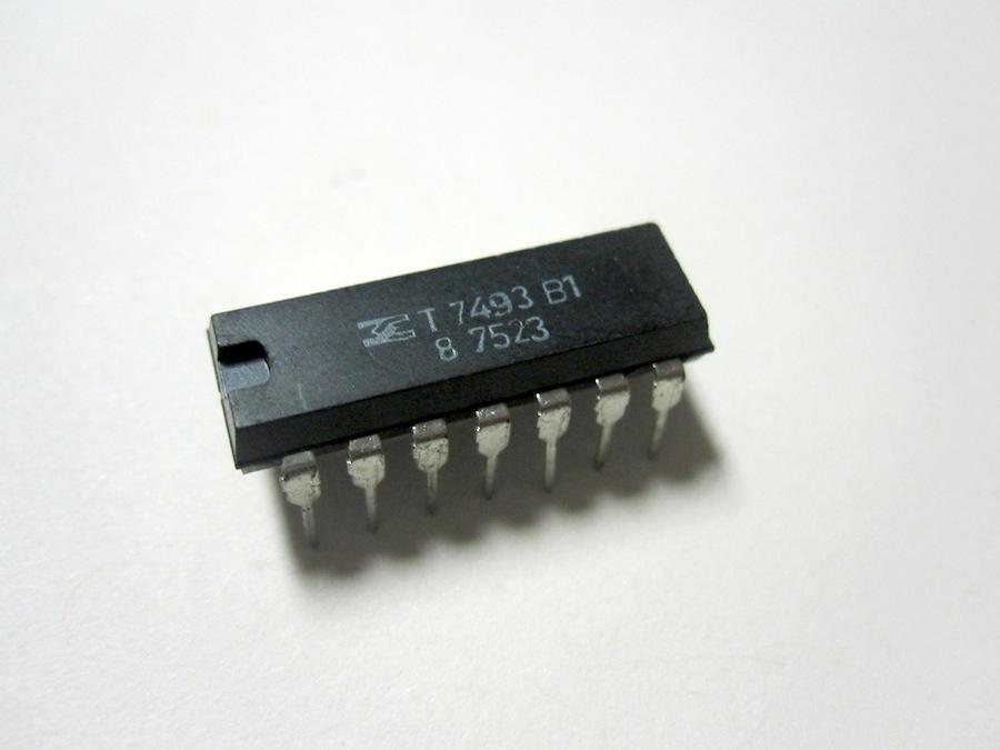 SN7493 Integrato