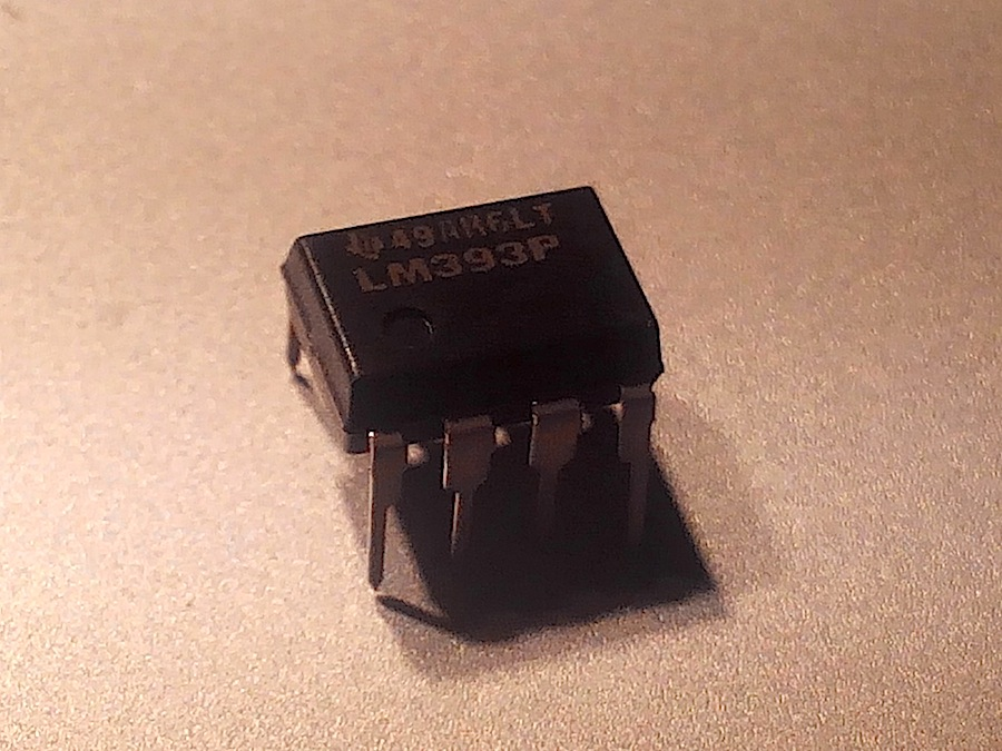 texas instruments lm393